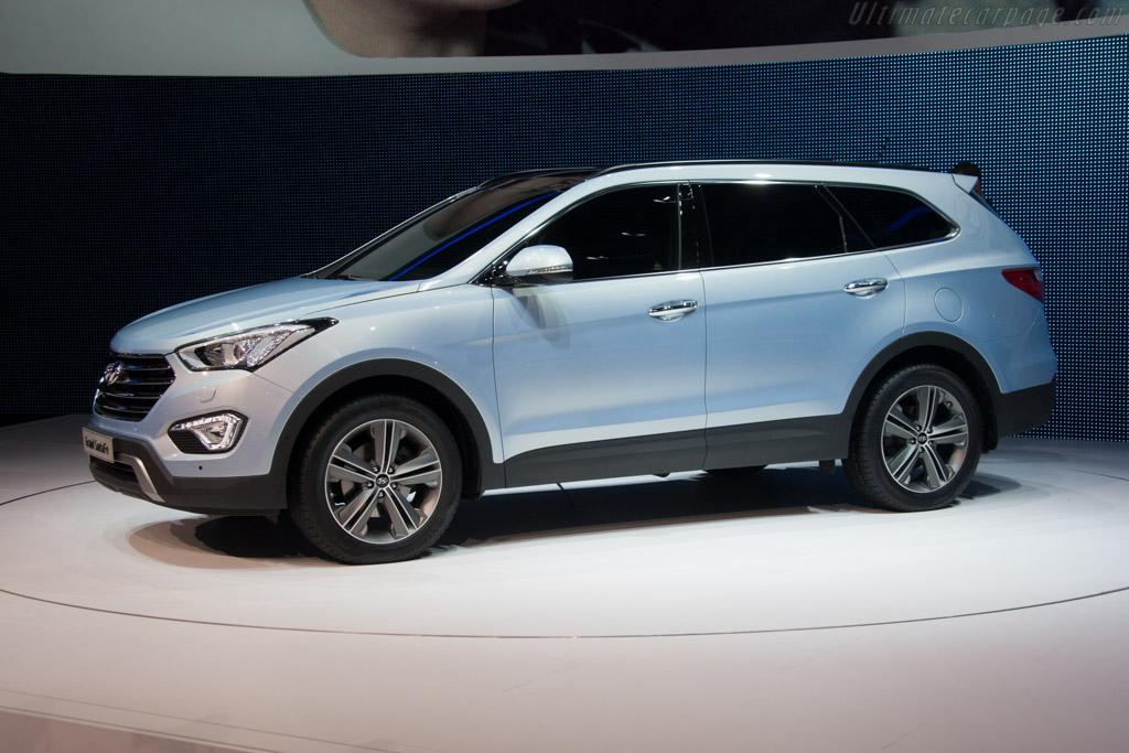 Hyundai Santa Fe - 2013 Geneva International Motor Show