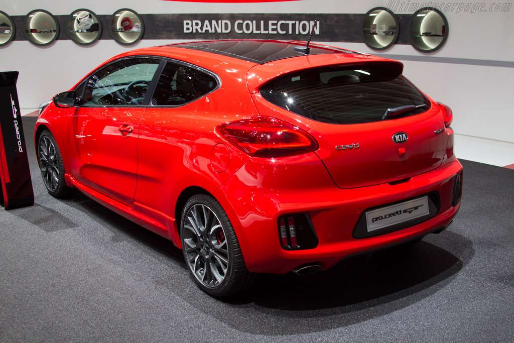 KIA Pro-C'eed GT    - 2013 Geneva International Motor Show