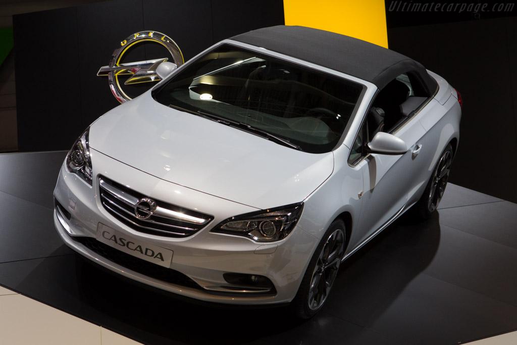 Opel Cascada    - 2013 Geneva International Motor Show