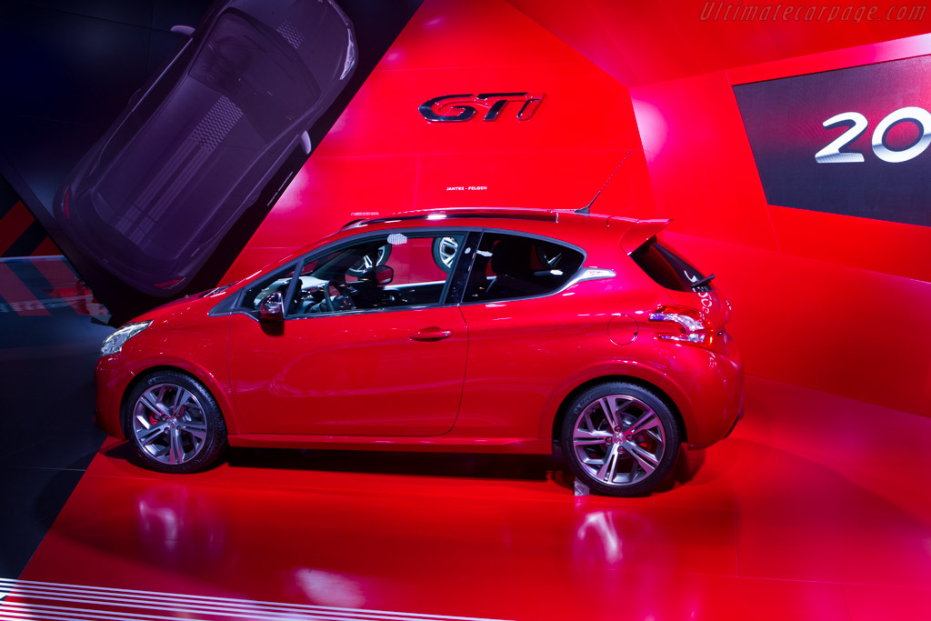 Peugeot 208 GTi    - 2013 Geneva International Motor Show