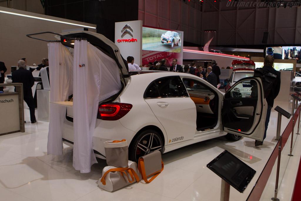 Rinspeed Zalando Shopping Car    - 2013 Geneva International Motor Show