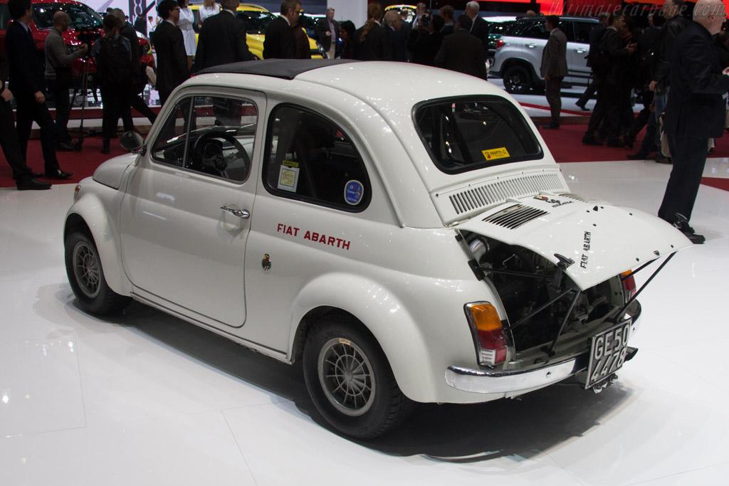 Fiat Abarth 695 esseesse    - 2014 Geneva International Motor Show