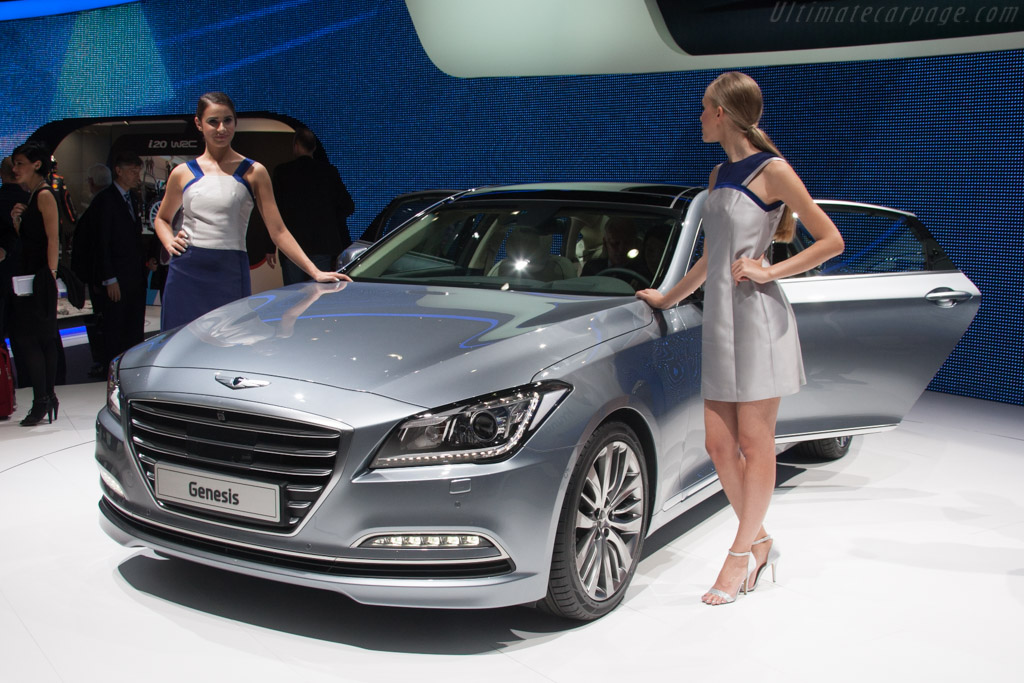 Hyundai Genesis    - 2014 Geneva International Motor Show