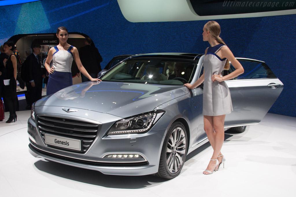Hyundai Genesis    - 2014 Geneva International Motor Show