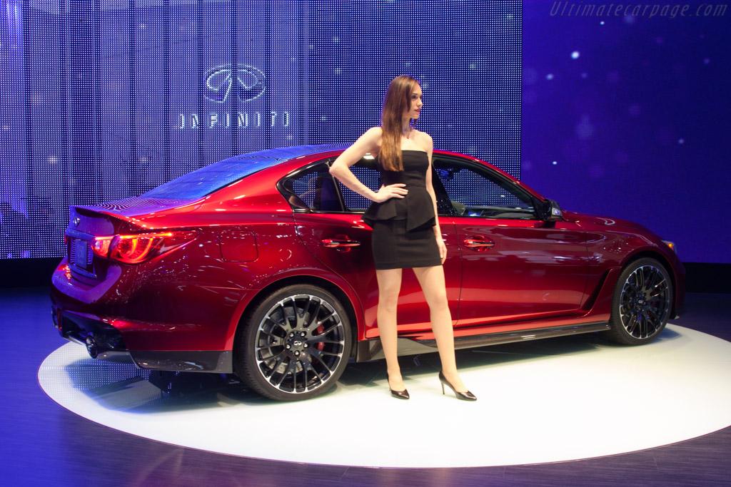 Infiniti Q50 Eau Rouge    - 2014 Geneva International Motor Show