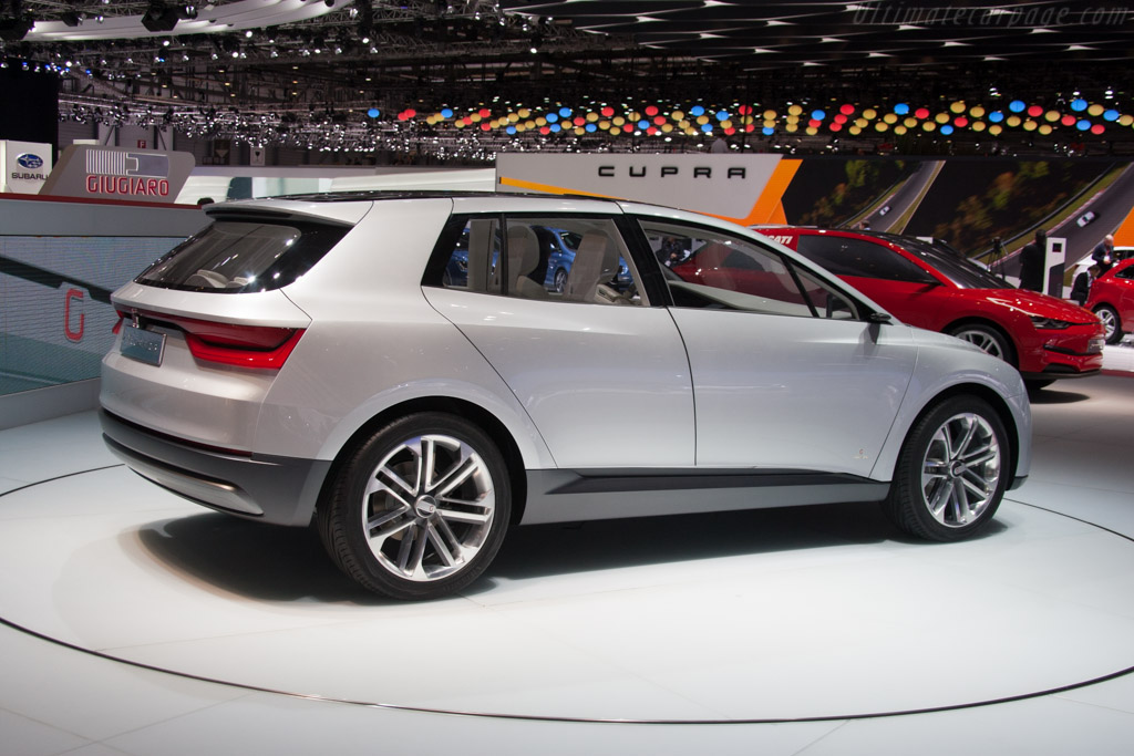 Italdesign Clipper    - 2014 Geneva International Motor Show