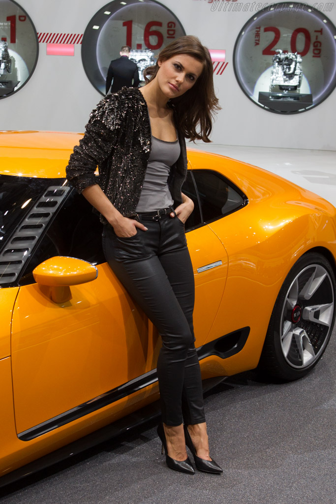 Kia GT4 Stinger    - 2014 Geneva International Motor Show