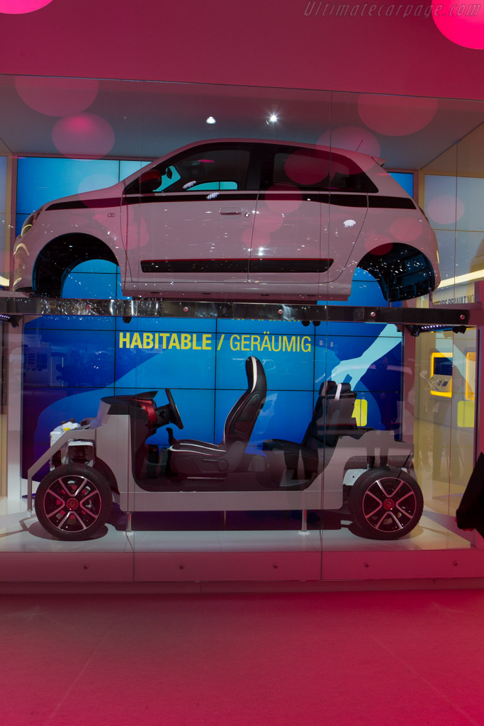 Renault Twingo    - 2014 Geneva International Motor Show