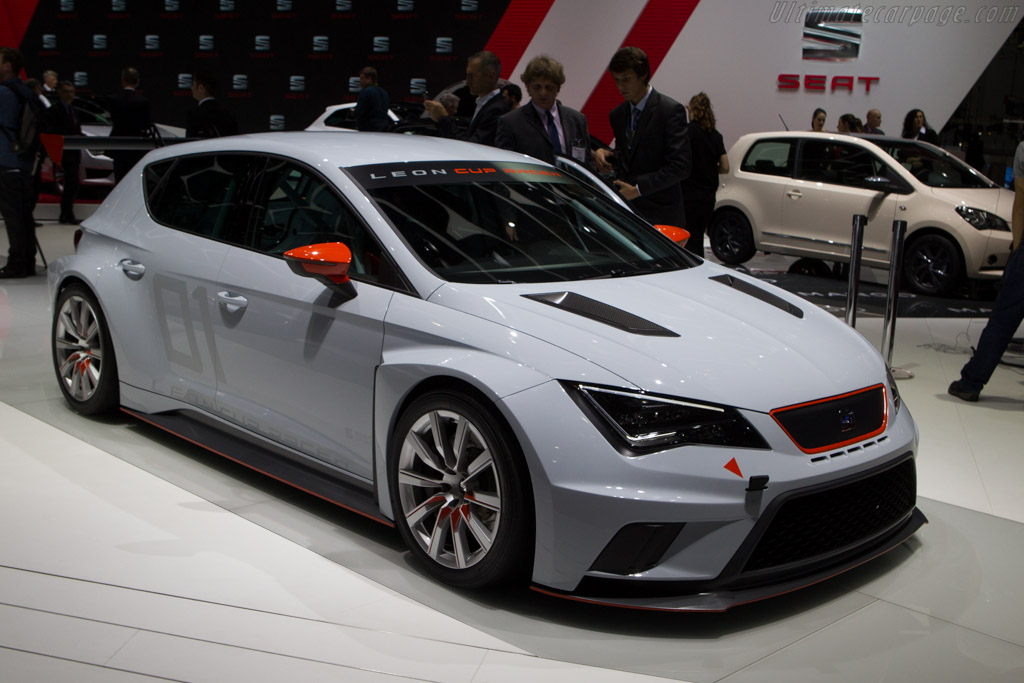 Seat Leon Cup    - 2014 Geneva International Motor Show