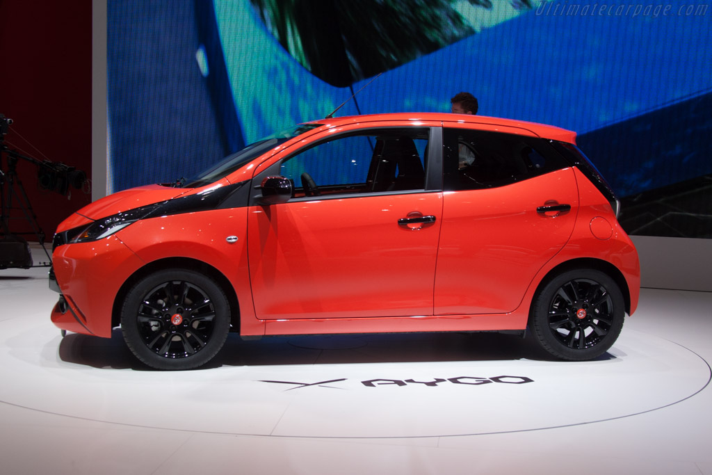 Toyota Aygo    - 2014 Geneva International Motor Show