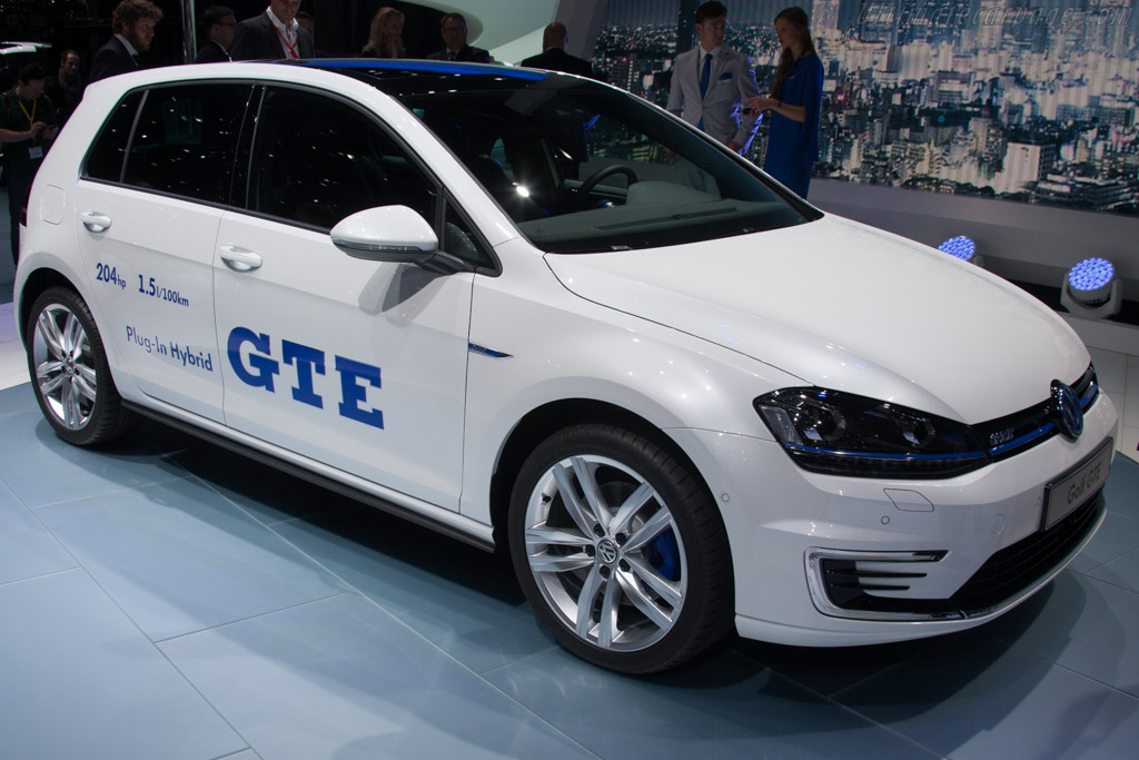 Volkswagen Golf GTE    - 2014 Geneva International Motor Show