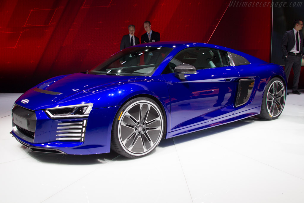 Audi R8 E Tron 2015 Geneva International Motor Show