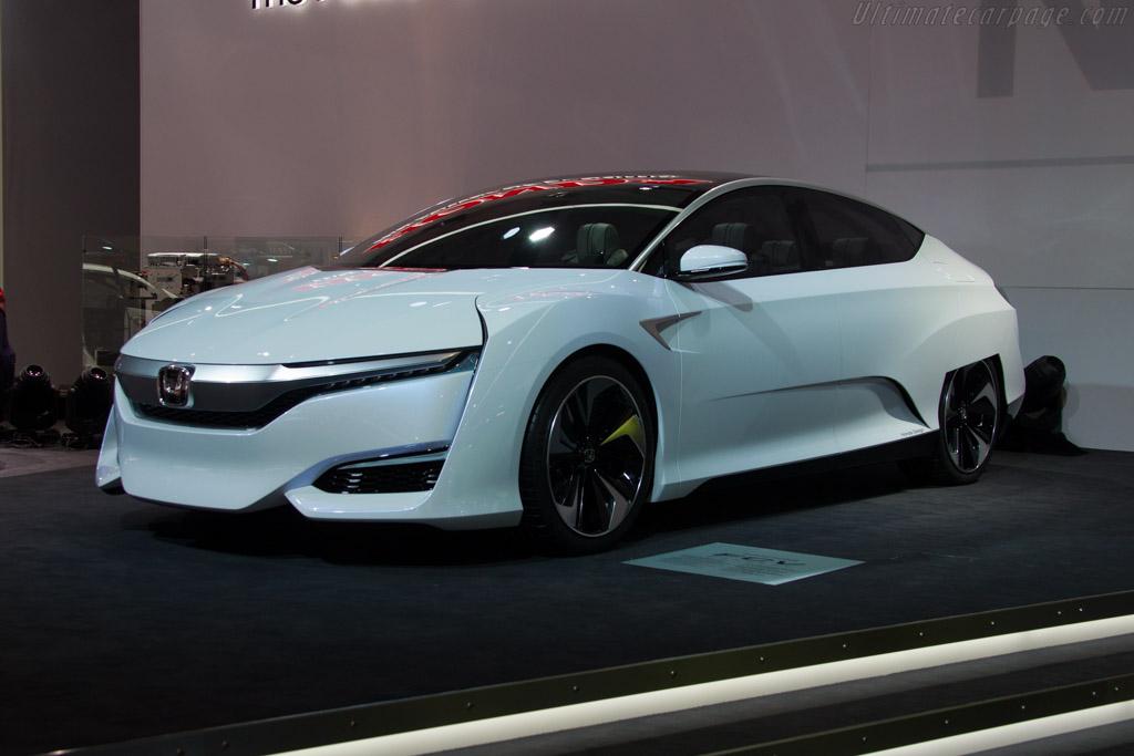 Honda FCV    - 2015 Geneva International Motor Show