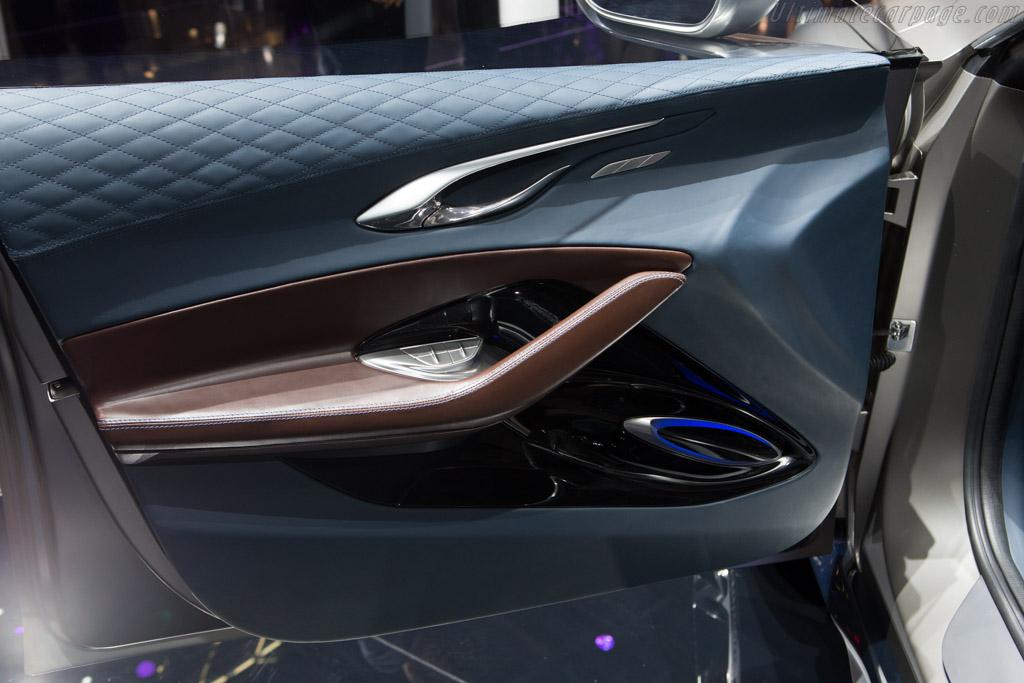 Infiniti QX30 Concept    - 2015 Geneva International Motor Show