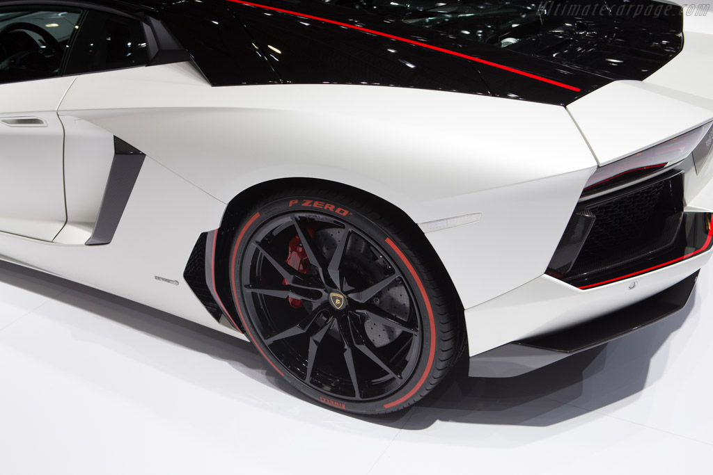 Lamborghini Aventador LP700-4 Pirelli Edition    - 2015 Geneva International Motor Show