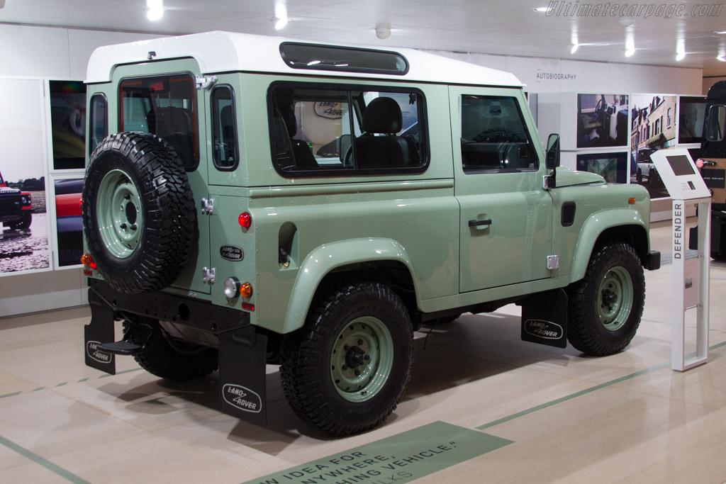 Land Rover Defender    - 2015 Geneva International Motor Show