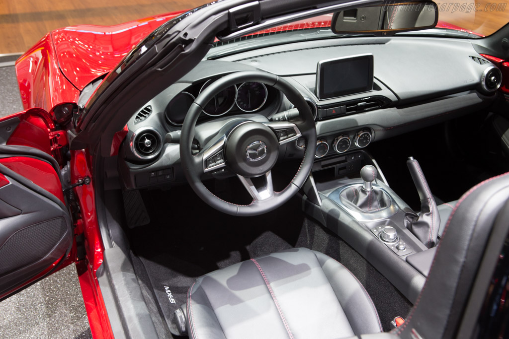Mazda MX-5    - 2015 Geneva International Motor Show