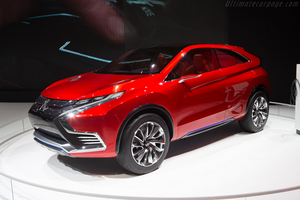 Mitsubishi XR-PHEV II    - 2015 Geneva International Motor Show