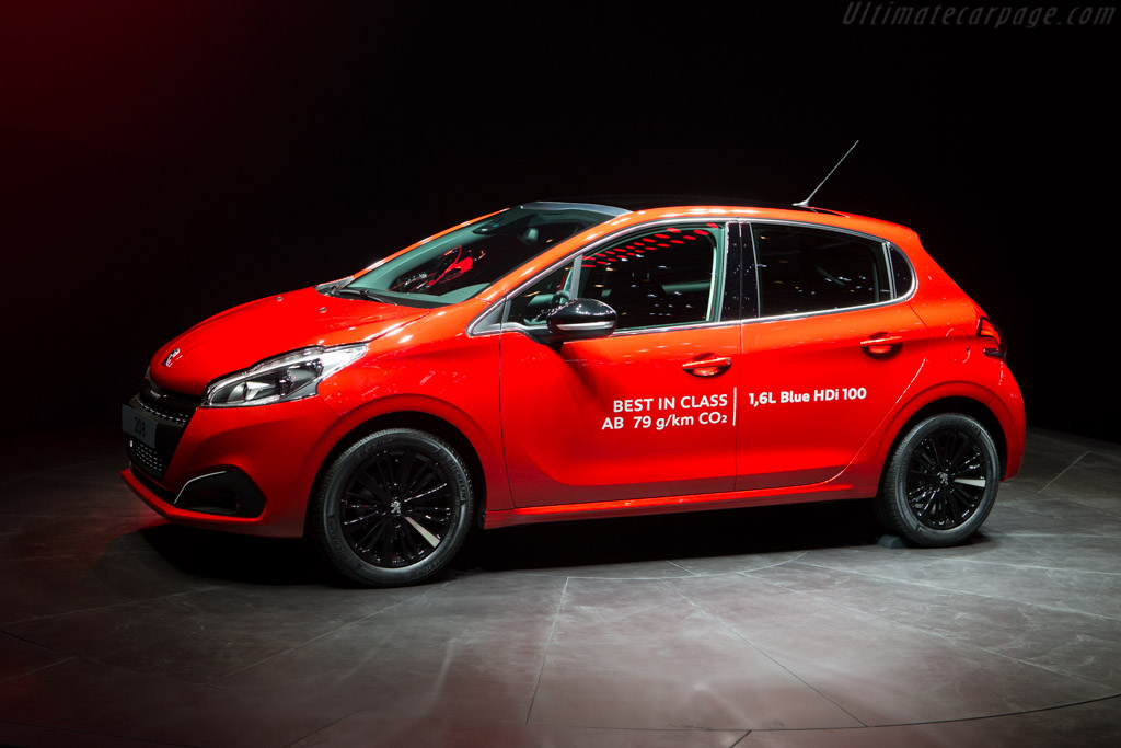 Peugeot 208    - 2015 Geneva International Motor Show