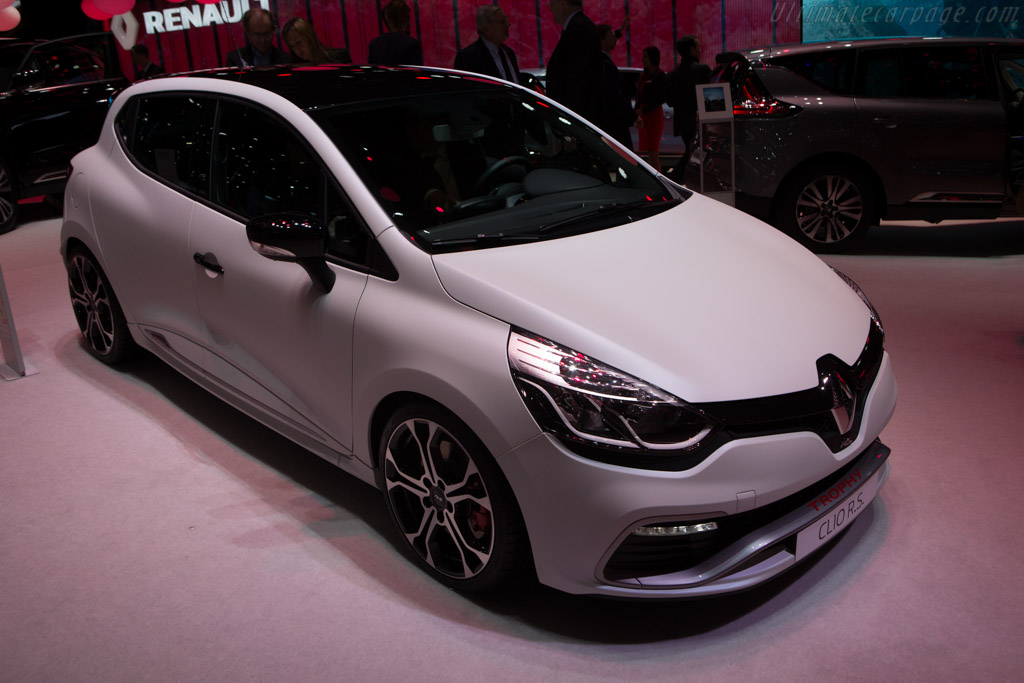 Renault Clio RS Trophy    - 2015 Geneva International Motor Show
