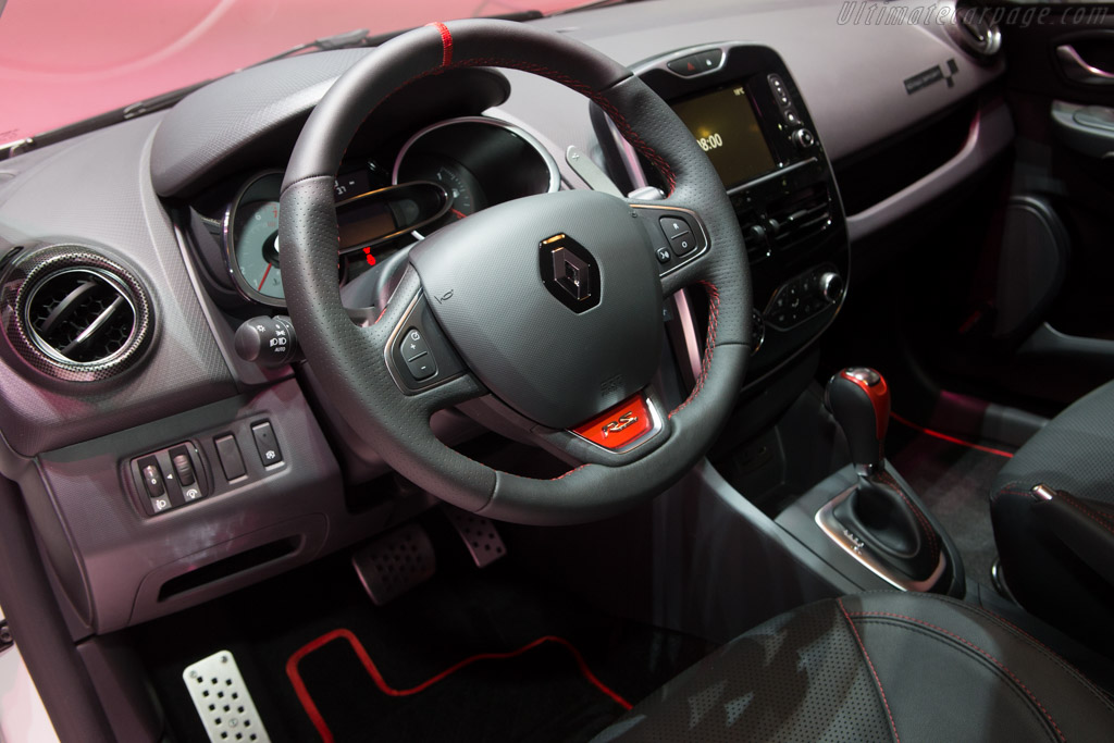 Renault Kadjar    - 2015 Geneva International Motor Show