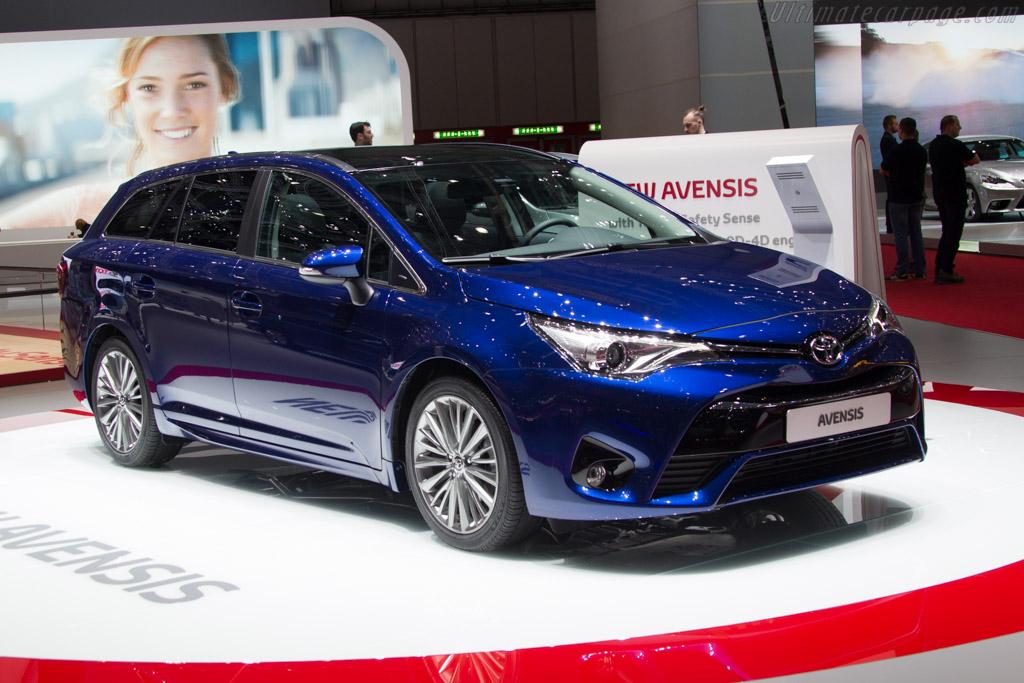 Toyota Avensis    - 2015 Geneva International Motor Show