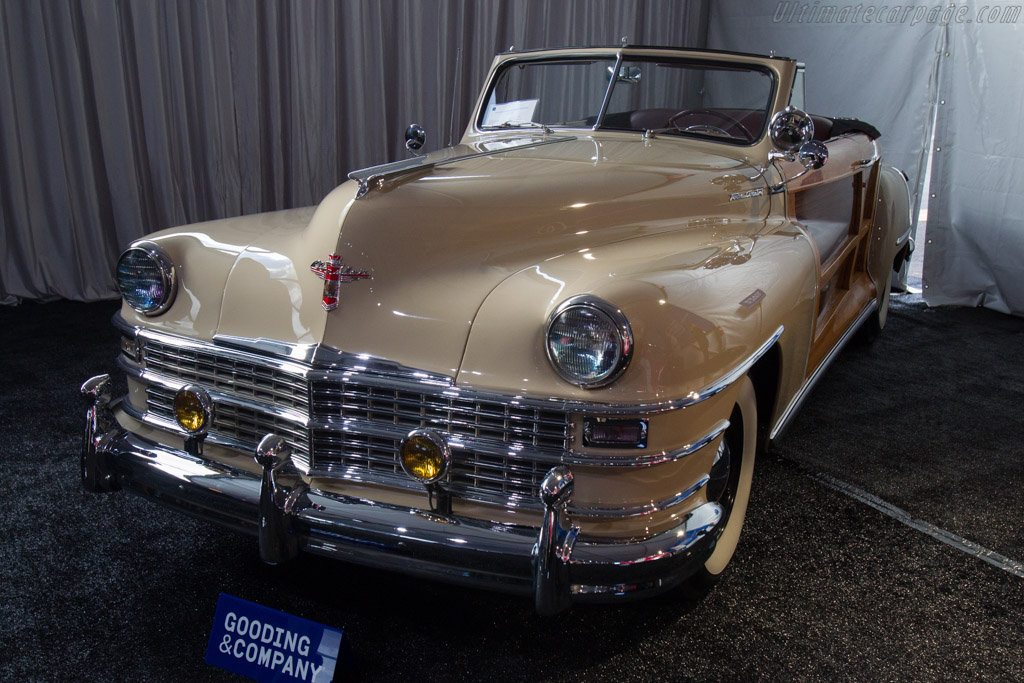 Chrysler Town & Country Convertible - Chassis: 7405725   - 2017 Scottsdale Auctions