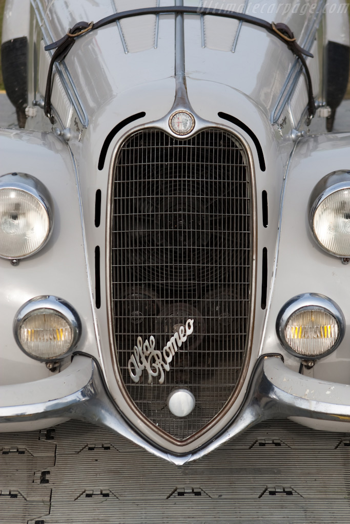 Alfa Romeo 8C 2900B Touring Spider    - 2010 Goodwood Preview