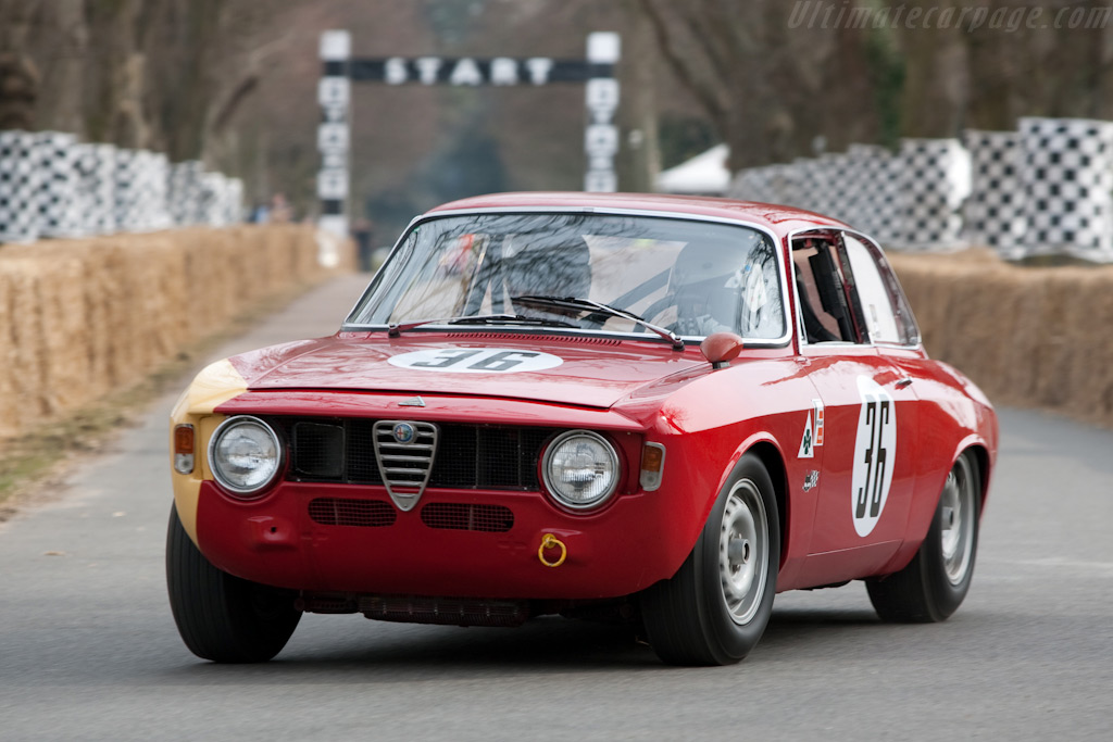 Alfa Romeo Giulia GTA - Chassis: AR613011   - 2010 Goodwood Preview