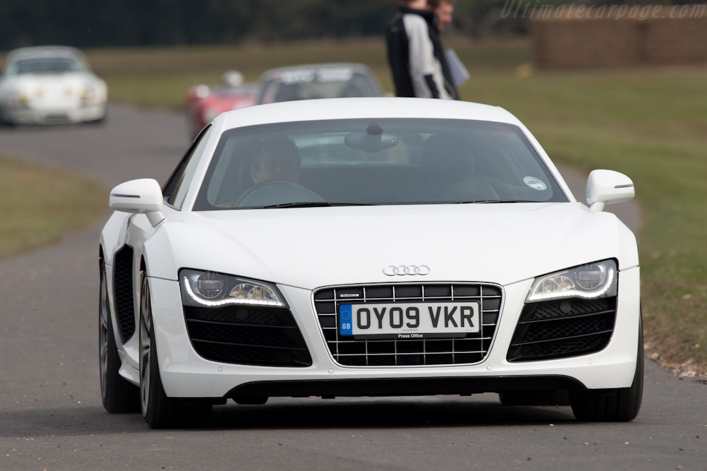 Audi R8    - 2010 Goodwood Preview