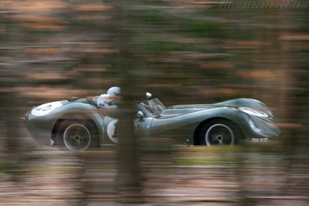 Lister Knobbly Jaguar    - 2010 Goodwood Preview