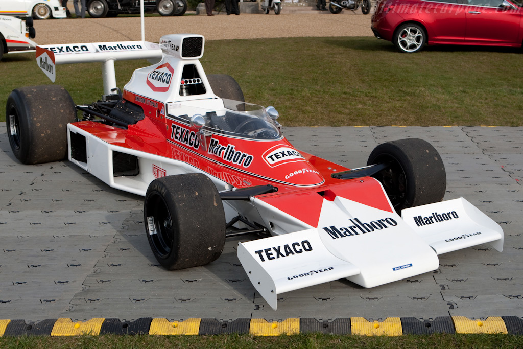 McLaren M23 Cosworth - Chassis: M23-4   - 2010 Goodwood Preview