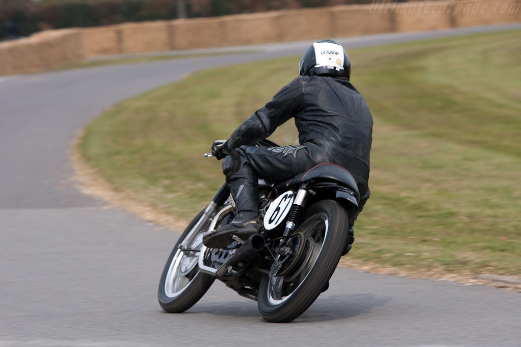 Norton Dominator    - 2010 Goodwood Preview