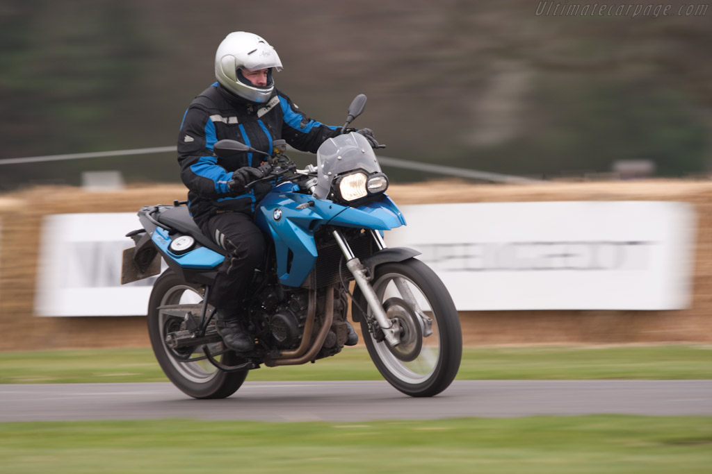 BMW R1200GS    - 2011 Goodwood Preview