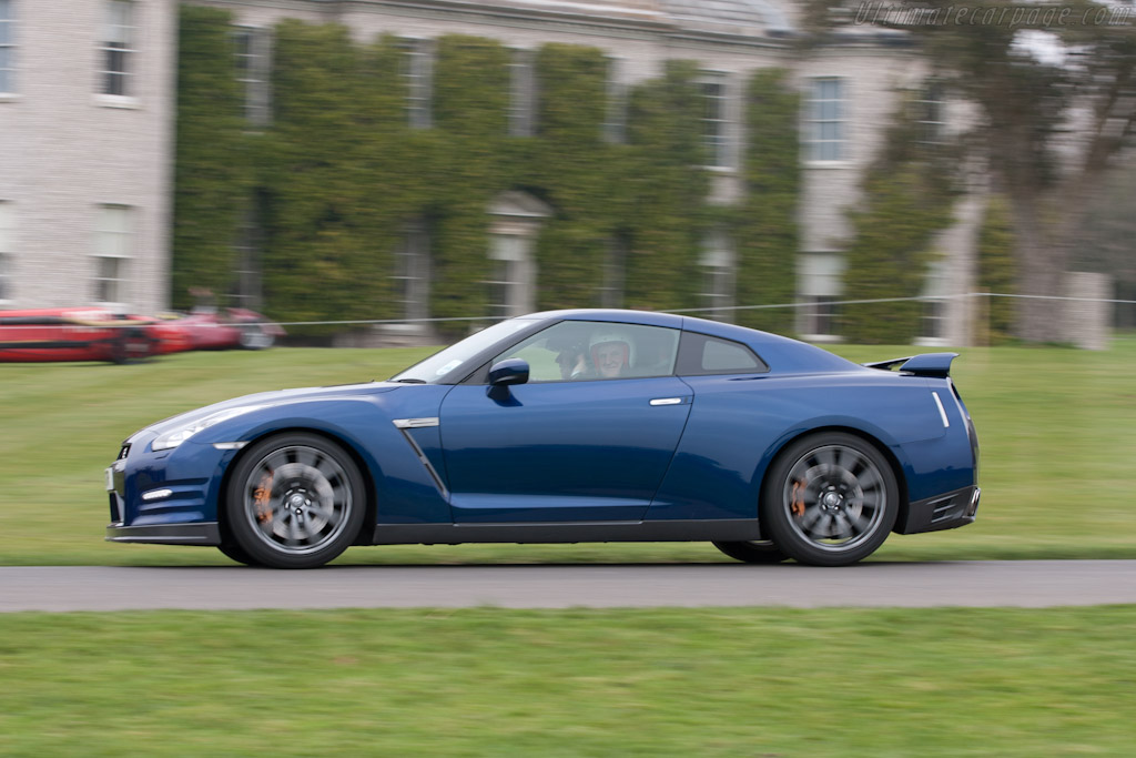 Nissan GT-R   - 2011 Goodwood Preview