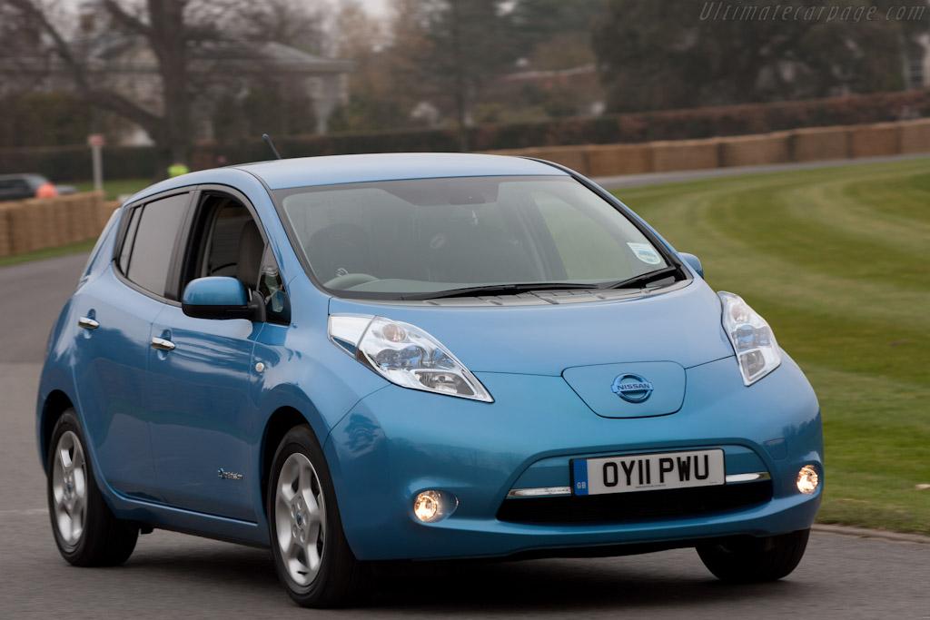 Nissan Leaf   - 2011 Goodwood Preview