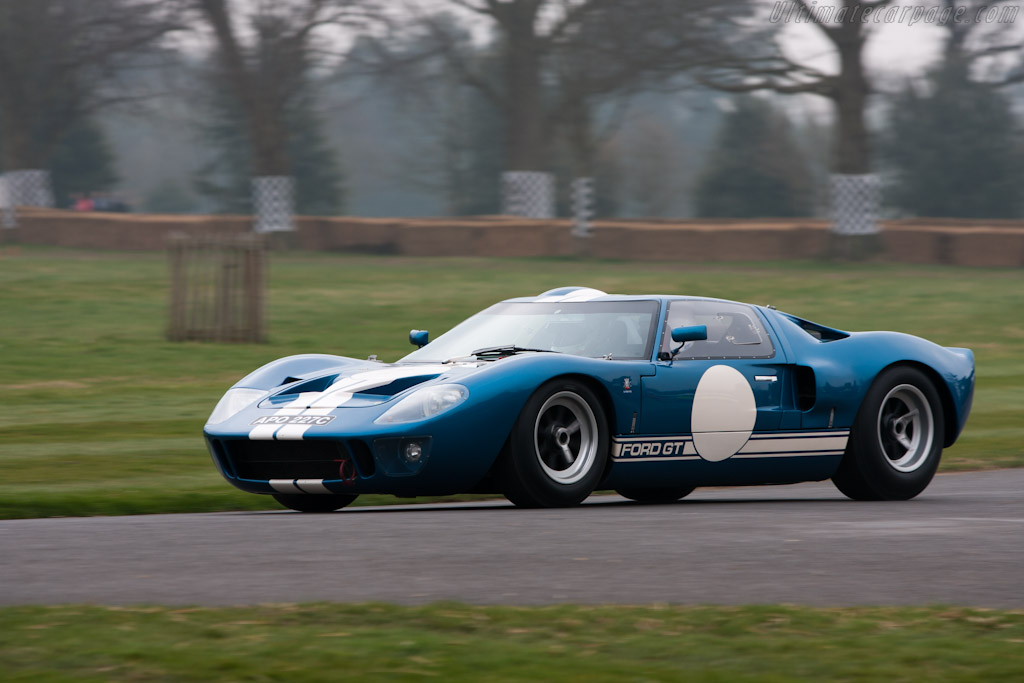 Ford GT40 - Chassis: GT40P/1018   - 2012 Goodwood Preview