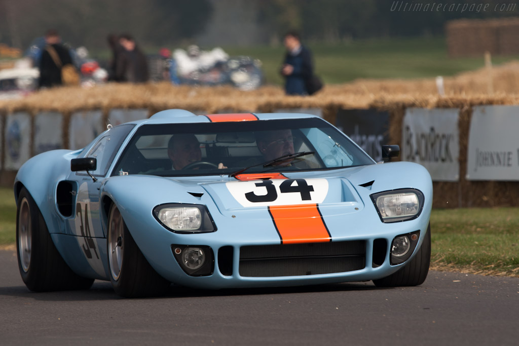 Ford GT40 - Chassis: GT40P/1084   - 2012 Goodwood Preview