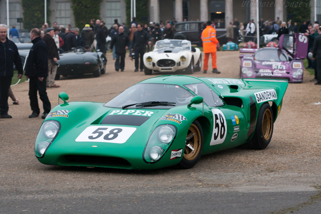 Lola T70 Mk3B - Chassis: SL76/150   - 2012 Goodwood Preview