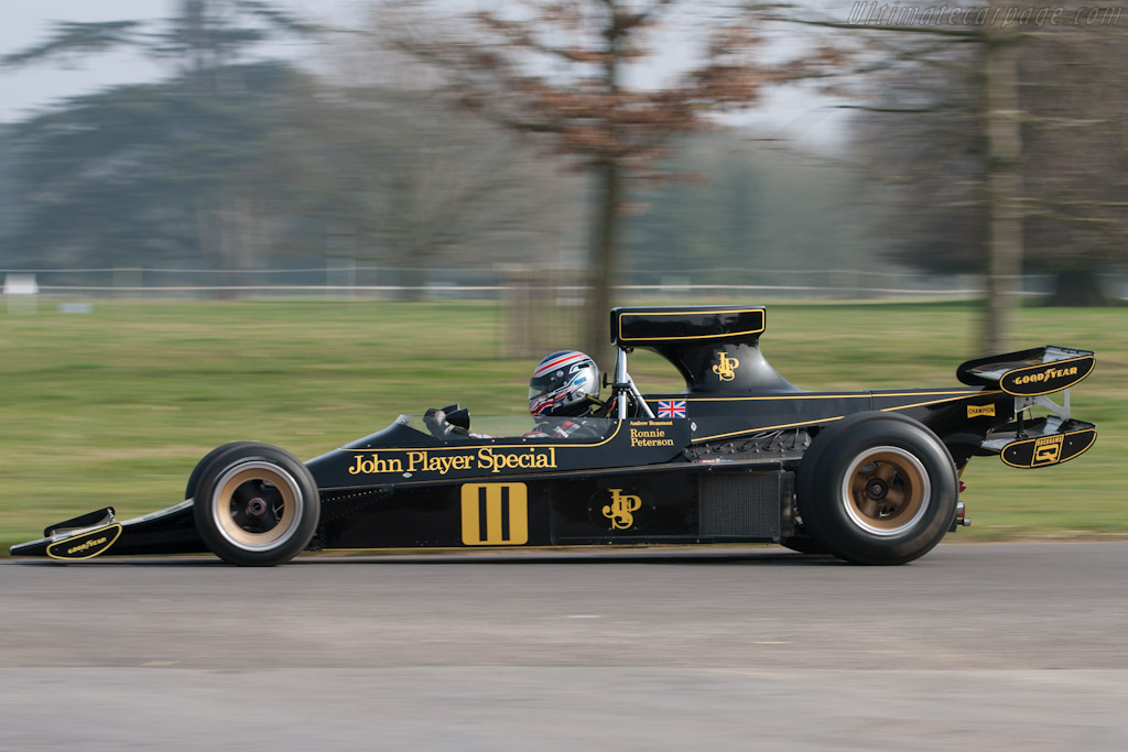 Lotus 76 - Chassis: JPS9  - 2012 Goodwood Preview