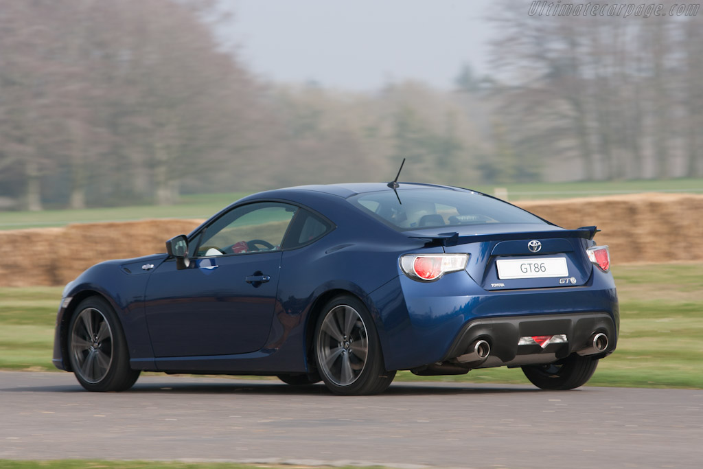 Toyota GT 86    - 2012 Goodwood Preview