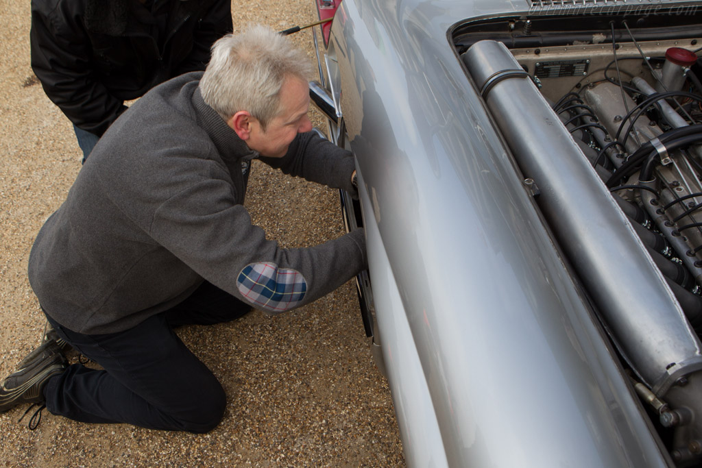 Changing plugs on a 300 SLR - Chassis: 00008/55   - 2013 Goodwood Preview