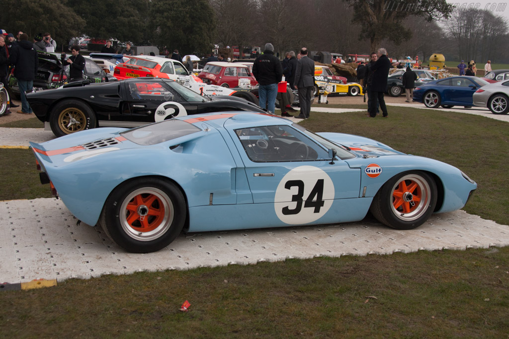 Ford GT40 - Chassis: GT40P/1084   - 2013 Goodwood Preview