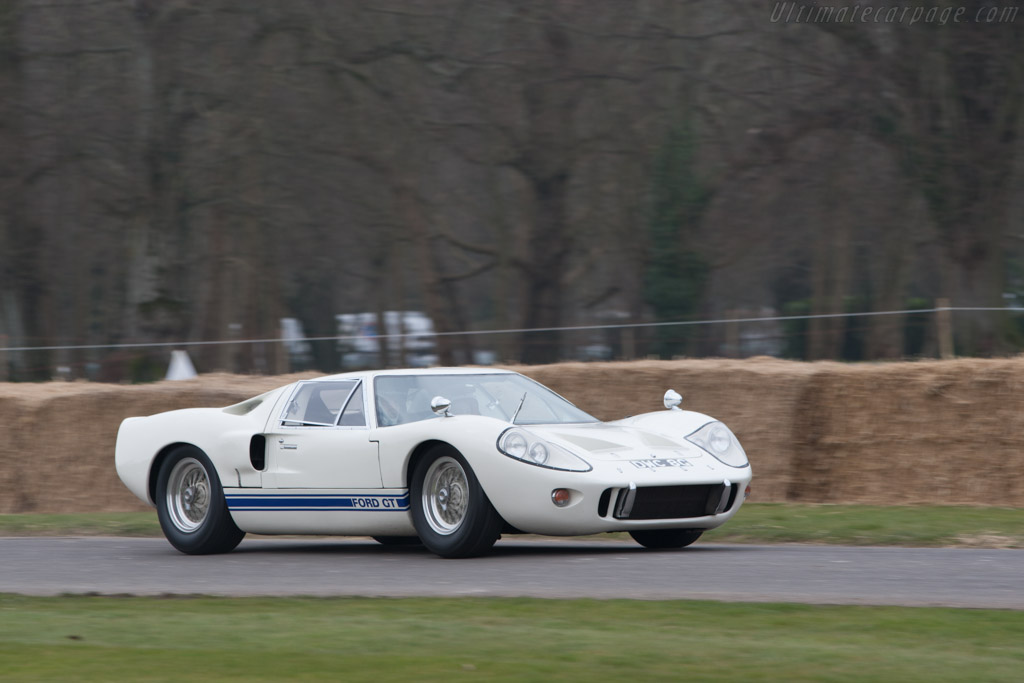 Ford GT40 Mk III - Chassis: M3/1107   - 2013 Goodwood Preview