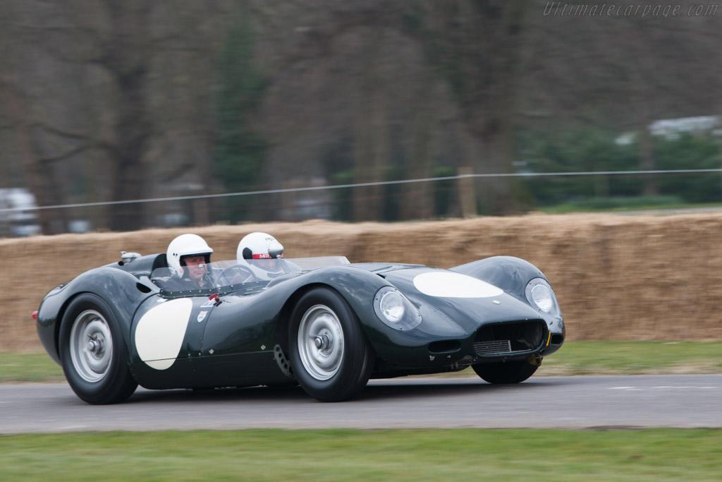 Lister Knobbly Jaguar    - 2013 Goodwood Preview