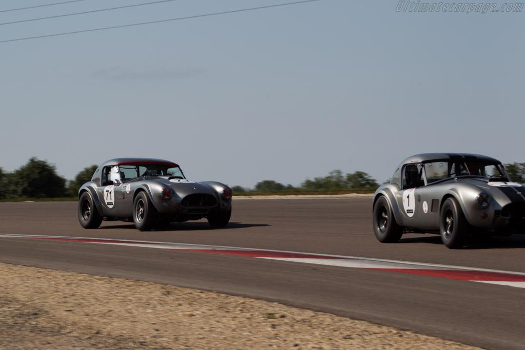 AC Shelby Cobra - Chassis: CSX2111 - Driver: Pierre-Alain France / Erwin France  - 2015 Grand Prix de l'Age d'Or