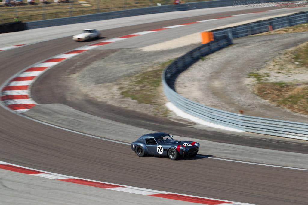 AC Shelby Cobra - Chassis: CSX2049 - Driver: David Hart / Hans Hugenholtz  - 2015 Grand Prix de l'Age d'Or