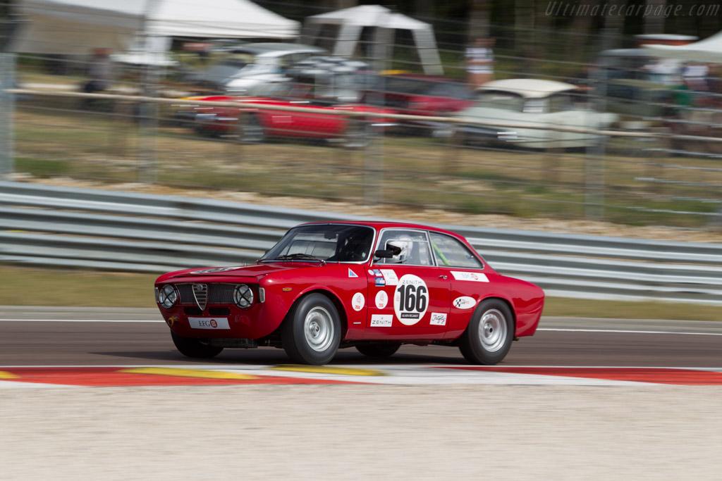 Alfa Romeo Giulia GTA - Chassis: AR613638 - Driver: Lukas Hüni / Carlo Vogele  - 2015 Grand Prix de l'Age d'Or