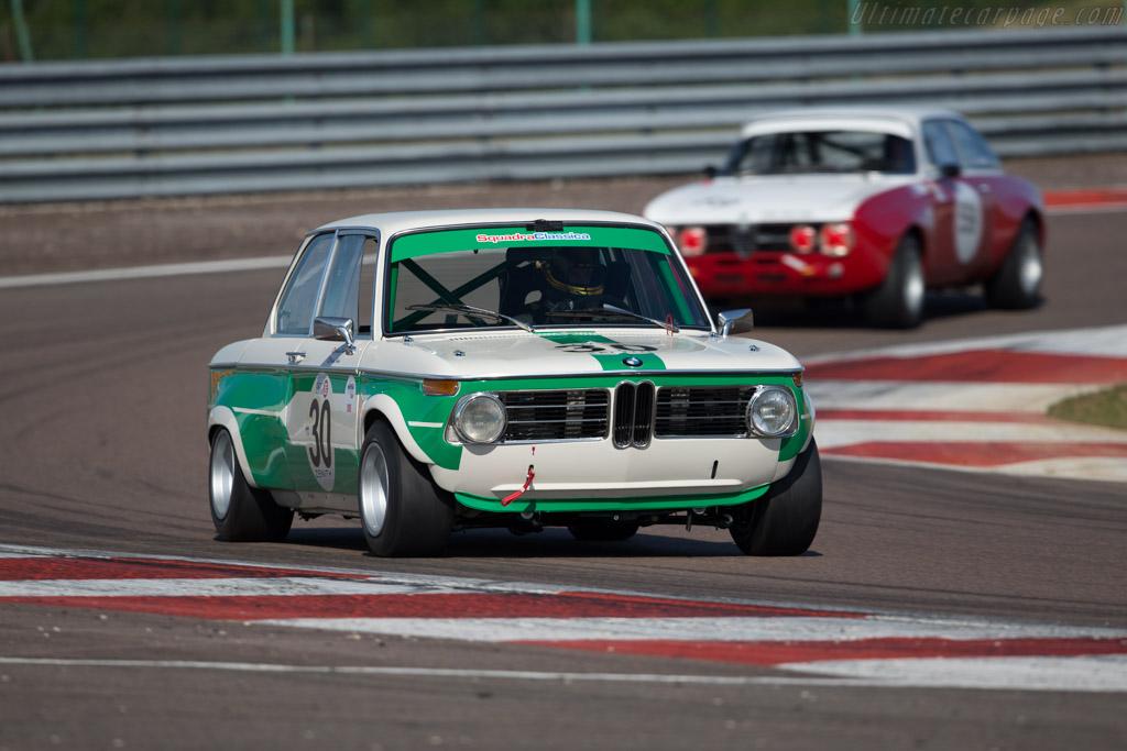 BMW 2002 TI - Chassis: 1649348 - Driver: Christian Traber / Nicolas Traber  - 2015 Grand Prix de l'Age d'Or
