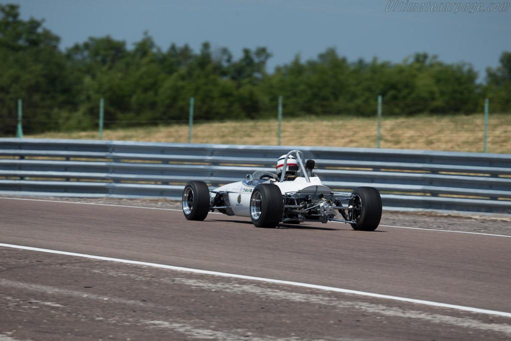 Brabham BT21  - Driver: Mike Pascall  - 2015 Grand Prix de l'Age d'Or